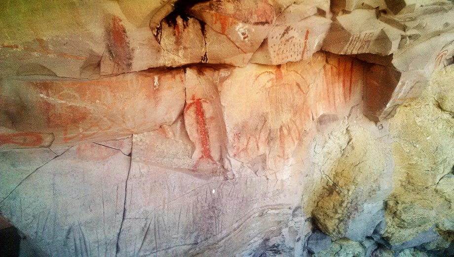 Canipole cave painting expedition